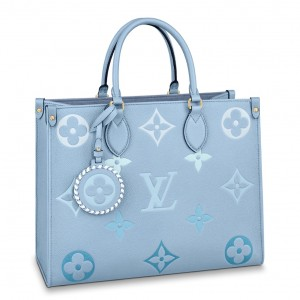 Louis Vuitton OnTheGo MM Bag By The Pool M45718