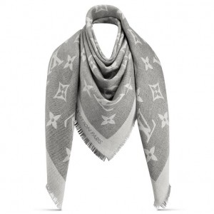 Louis Vuitton Beige Monogram Giant Shawl MP2412